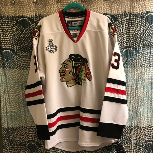 new product b9081 eee6e Chicago Blackhawks Byfuglien Stanley Cup Jersey NWT